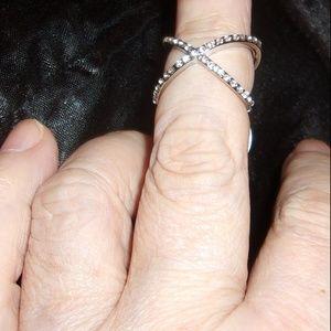 Jewelry - Sparkling Cubic Zirconia CZ Silver Tone Cross Fing